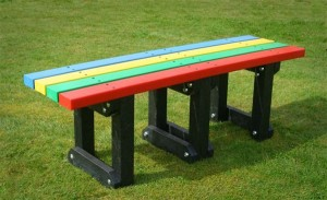 Recycled plastic backless bench