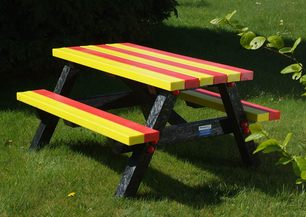 Multicolored recycled plastic picnic table
